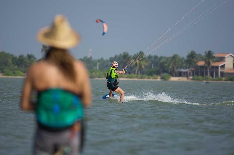 learn kitesurfing in sri lanka