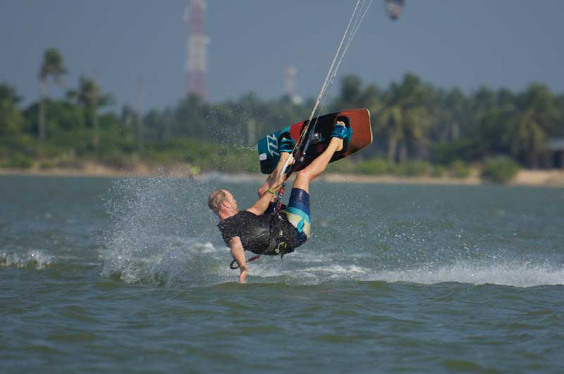 kitesurfing in sri lanka