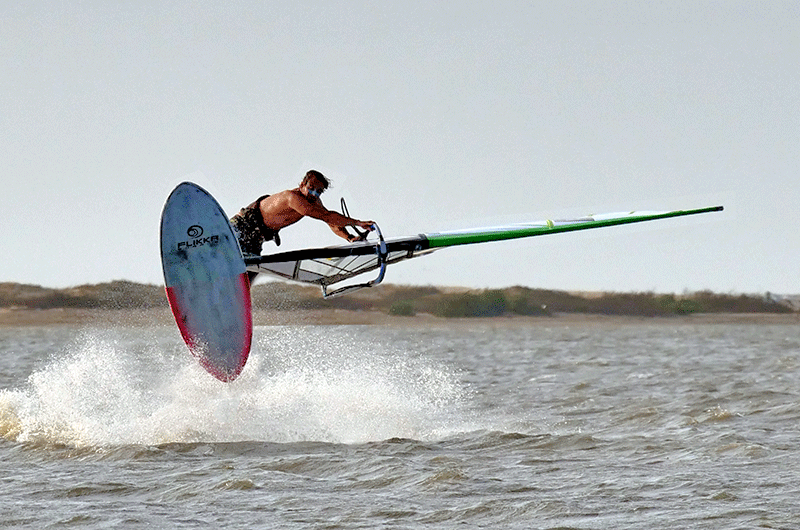 flakka windsurfing in sri lanka