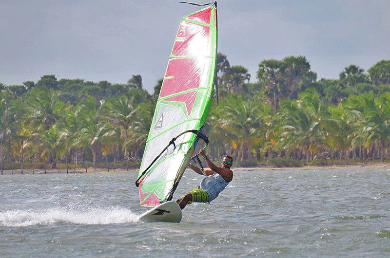 learn windsurfing in sri lanka