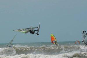 windsurfing in sri lanka freestyle