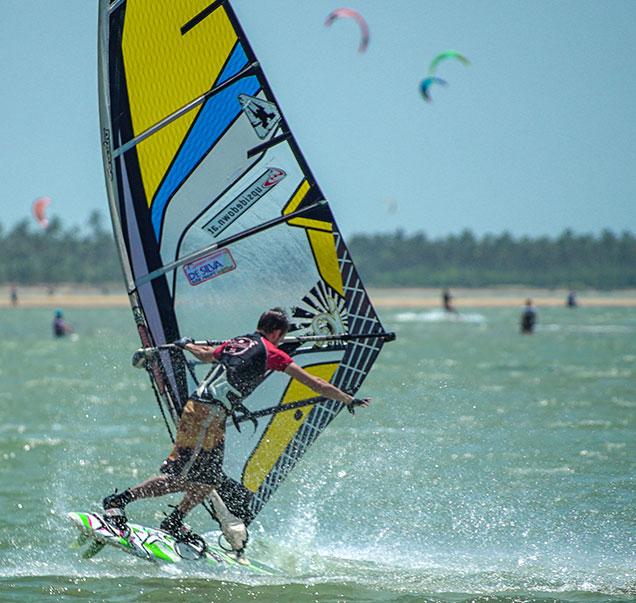 learn windsurfing in sri lanka